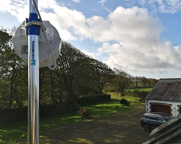 Fast 4G Broadband Installed At A Rural Business Property